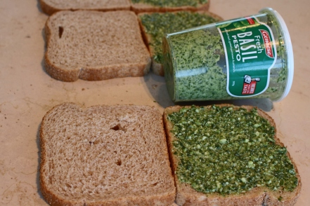 pesto-sandwich