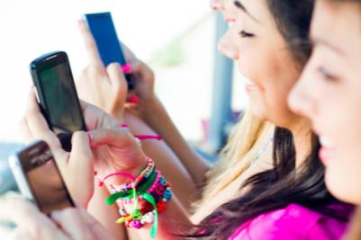 teens-social-med